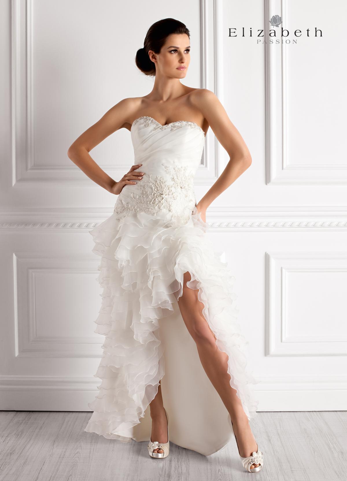 e46e7447a9 suknia ślubna Elizabeth Passion z falbankami asymetryczna - Krótkie ...