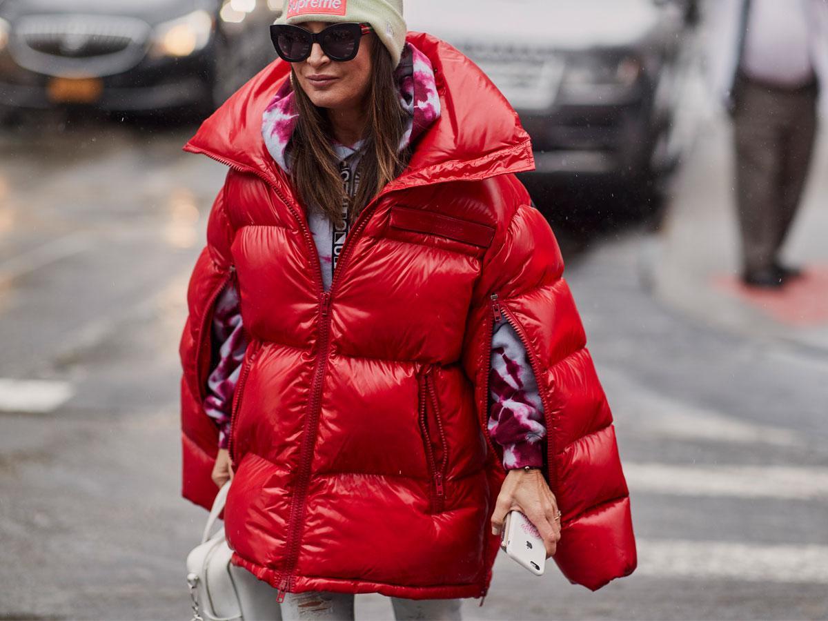 Najmodniejsze kurtki zimowe damskie komfort i modne trendy