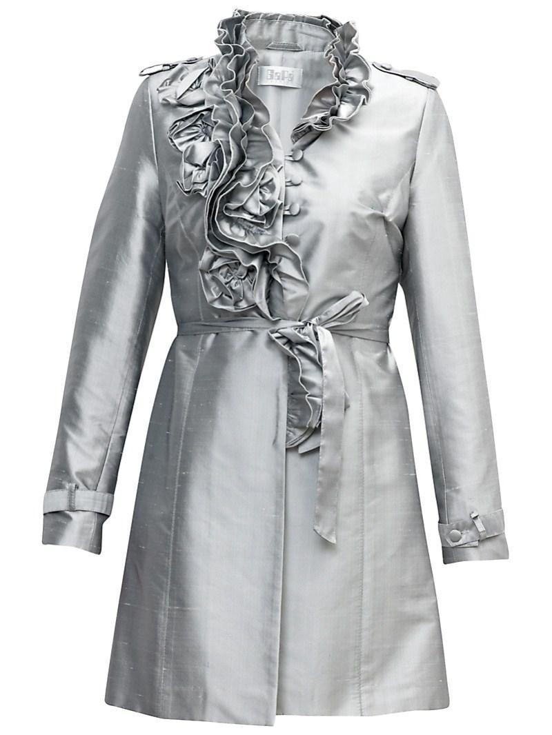 srebrny płaszczyk Gapa Fashion - kolekcja wiosenna