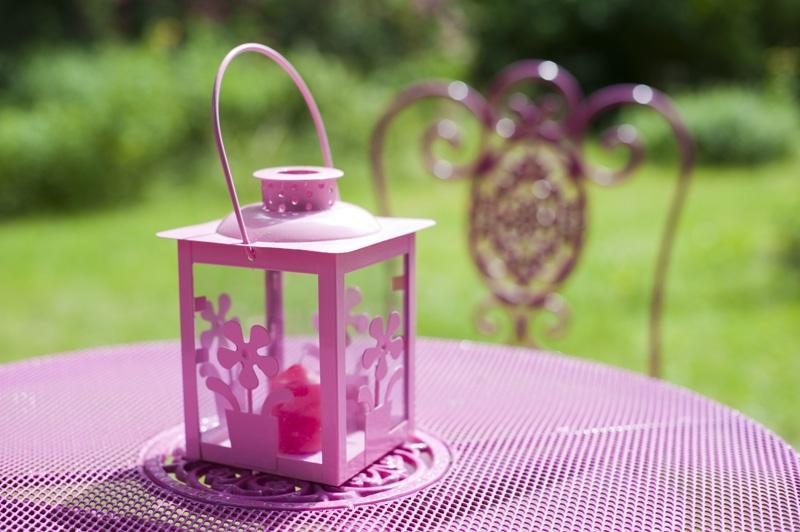 Lampiony do ogrodu, altany, na balkon czy na taras