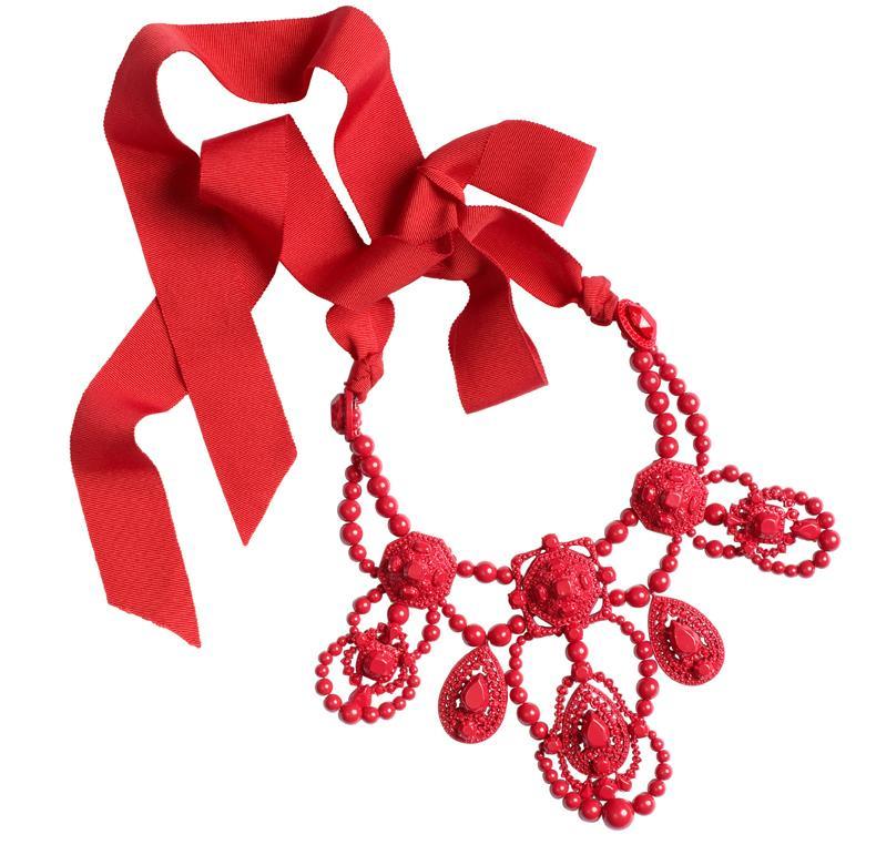 czerwony naszyjnik H&M - jesień/zima 2010/2011