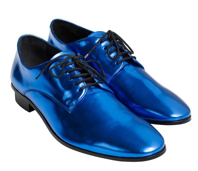 niebieskie pantofle H&M - moda zimowa
