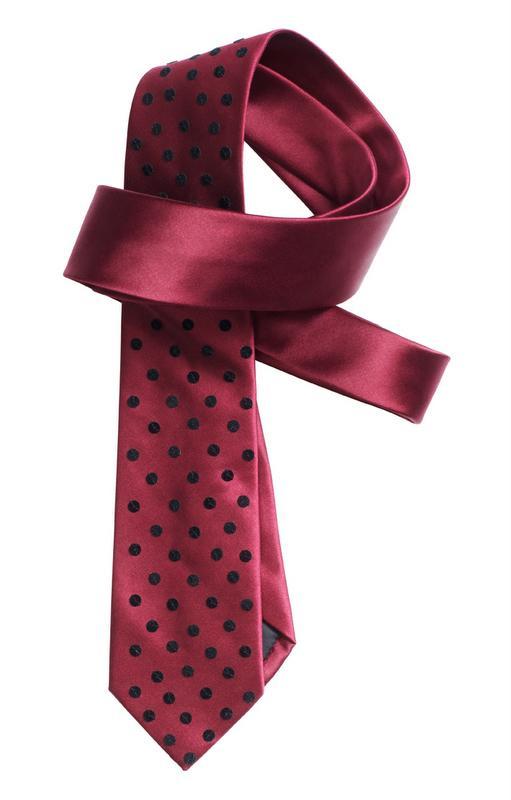 różowy krawat H&M w groszki - moda zimowa