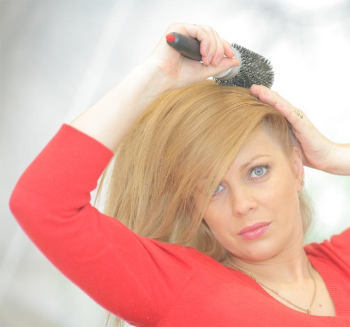 włosy, fryzury, stylizacja