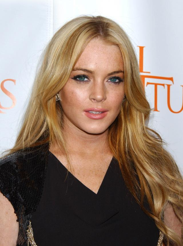Lindsay Lohan, makijaż, fryzury