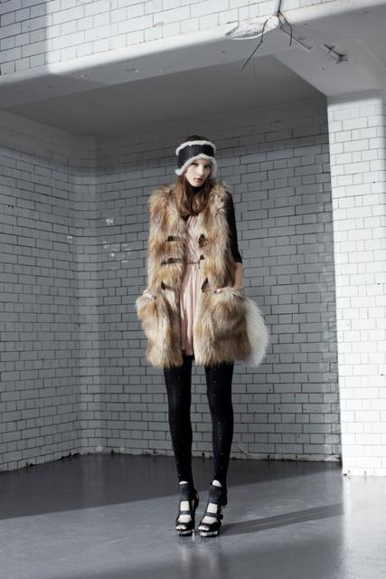 "Linia ""Out of the wild"" Topshop - jesień/zima 2010 - galeria"