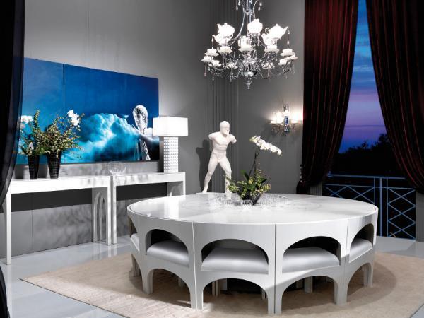 Urzekający stolik jadalny w kolorze bieli  - aranżacja jadalni