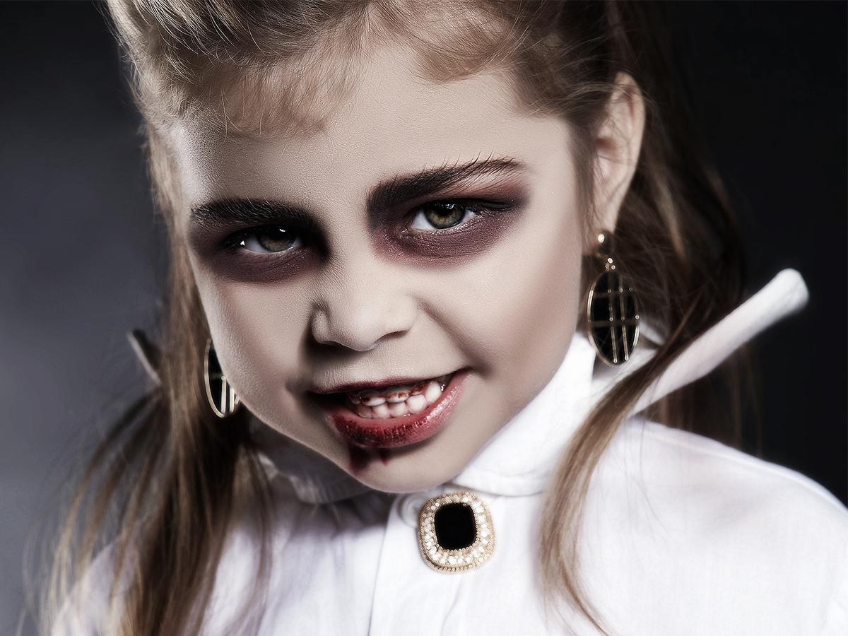 Makijaż na halloween dla dzieci wampir