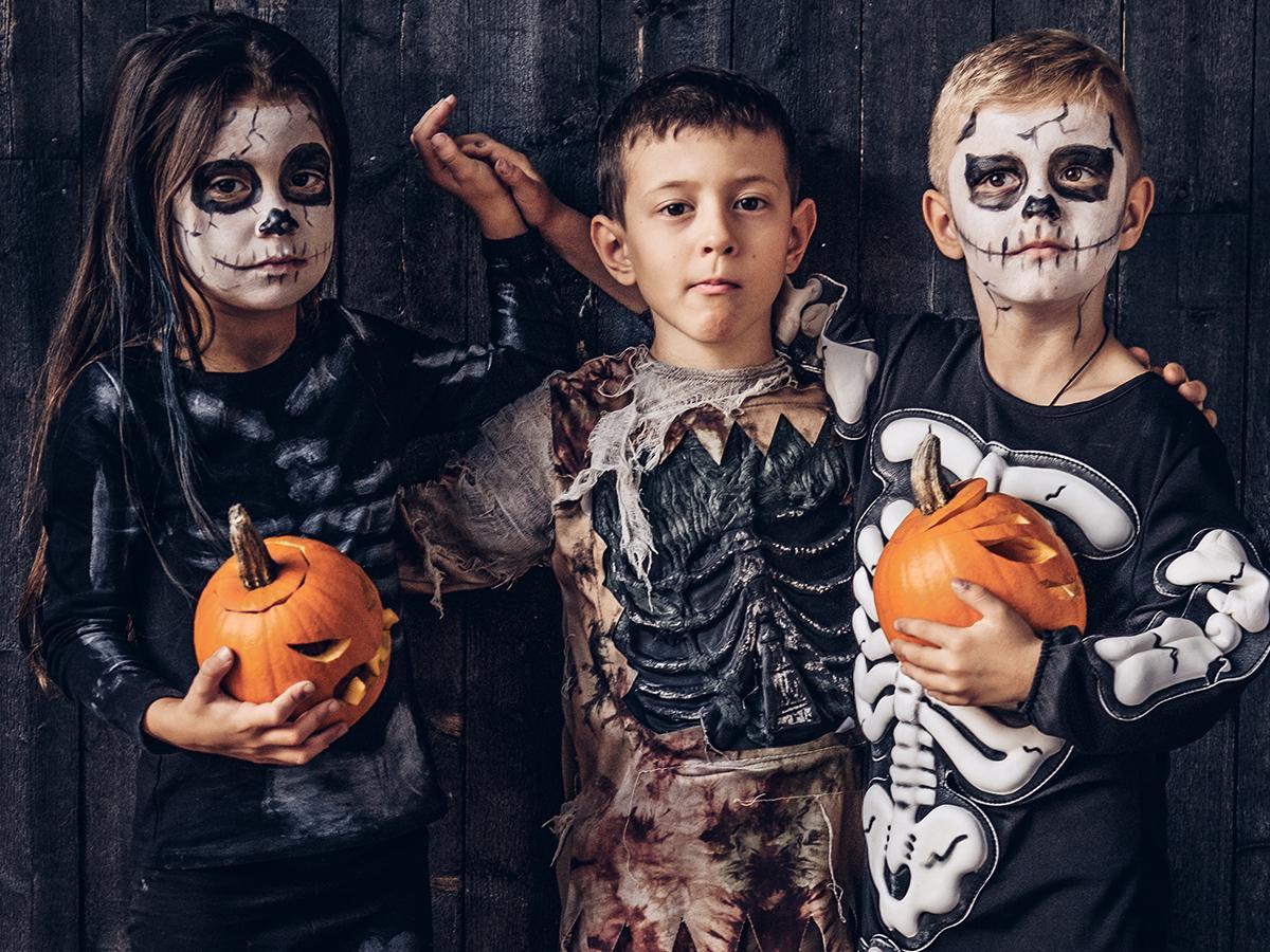 Makijaż na halloween dla dzieci kościotrup zombie