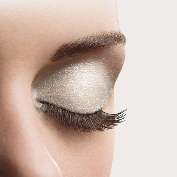 Makijaż przy katarze