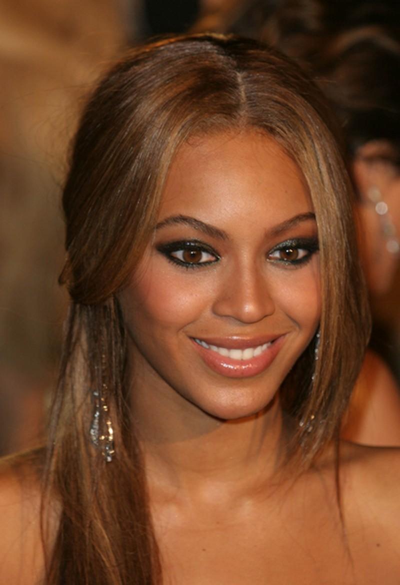 Wyrazisty Makijaż Oczu Beyonce Makijaże Gwiazd Hollywood Twarz