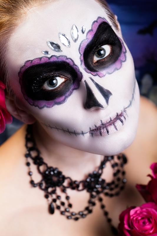 "Makijaże typu ""cukrowa czaszka"" na Halloween"