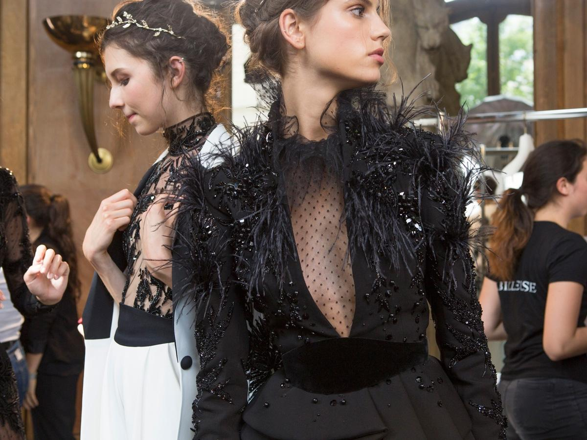 Sukienki typu mała czarna