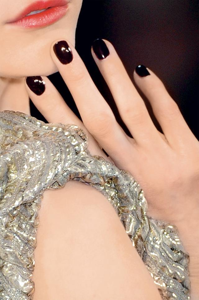 manikiur, paznokcie, trendy
