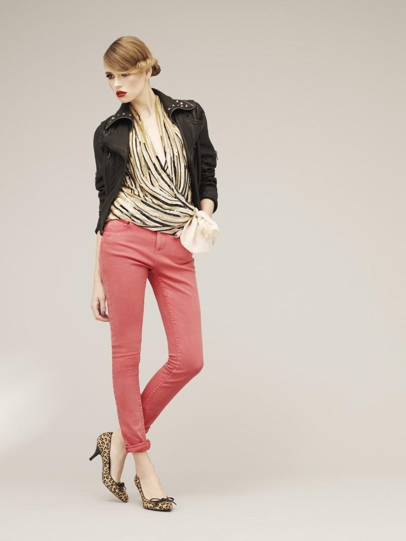 różowe spodnie Marks & Spencer - moda wiosna/lato