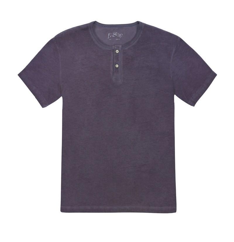 fioletowa koszulka Levis - trendy wiosna-lato