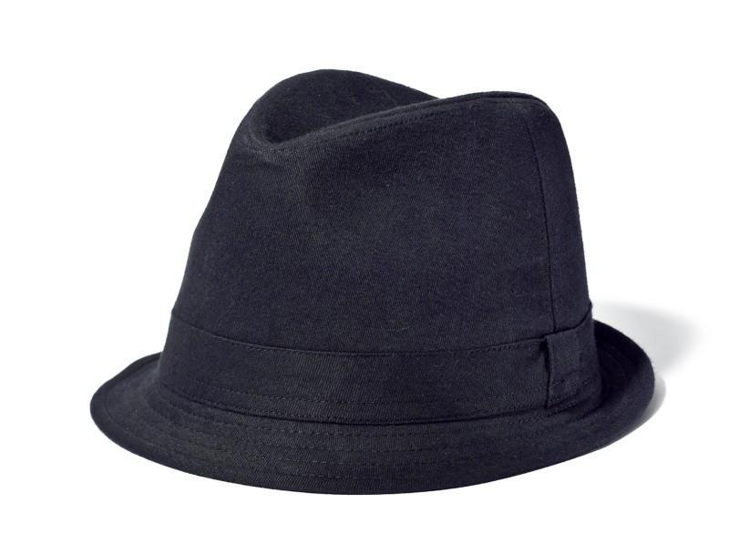 czarny kapelusz New Yorker - moda 2011