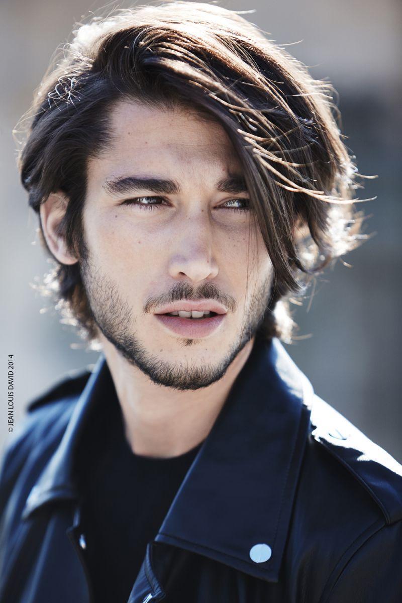 Długie Włosy Dla Faceta W Nowej Wersji Fryzury Męskie