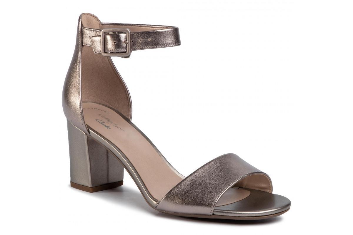 metaliczne sandały Clarks