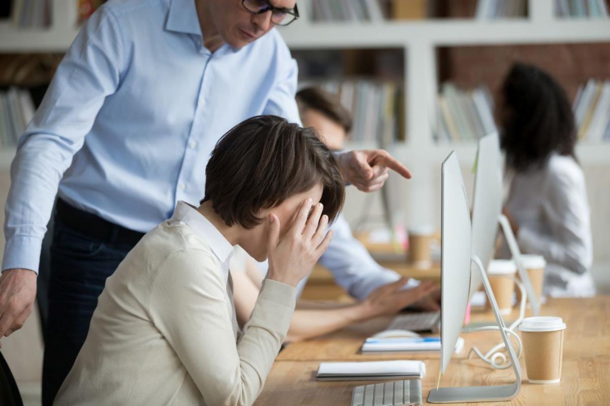 syndrom sztokholmski w pracy
