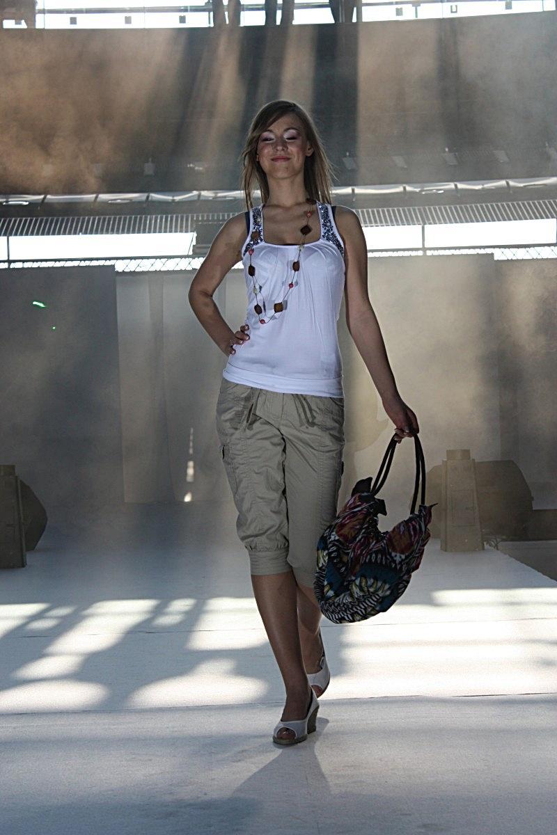 Moda na wiosnę ze sklepowej półki - Zdjęcie 28