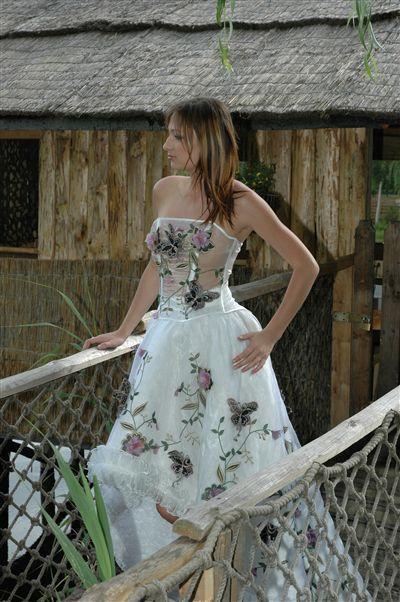 Moda ślubna firmy Bajor - zdjęcie