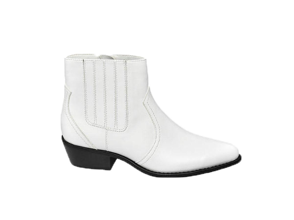 Białe botki, Deichmann, cena ok. 119,90 zł