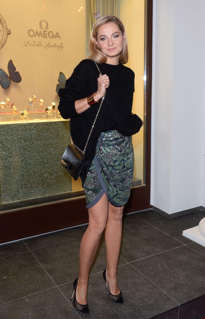 Małgorzata Socha w cekinowej spódnicy