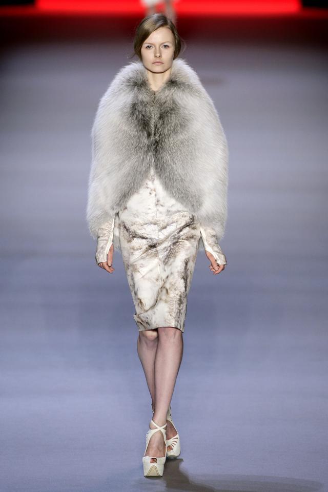 kolekcje jesień-zima 2009/2010, futro, Giambattista Valli
