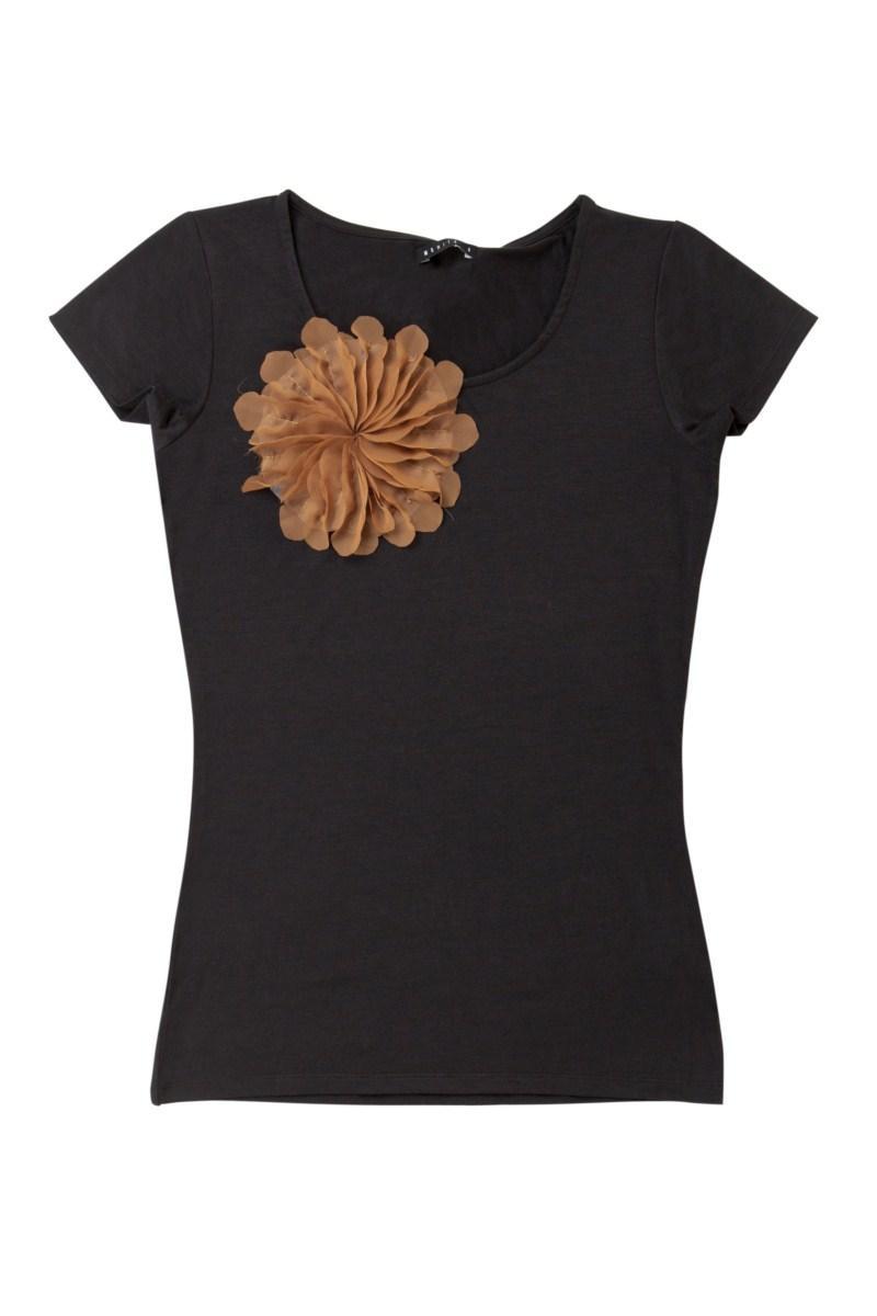 czarna koszulka Mohito z kwiatem - letnia kolekcja