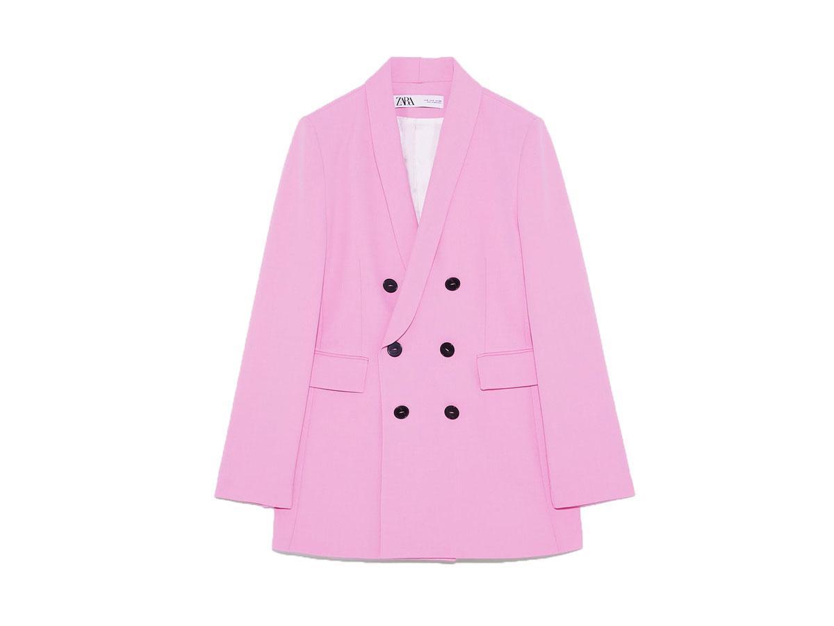 Różowa dwurzędowa marynarka, H&M, cena ok. 399,00 zł