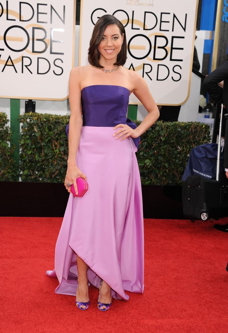 Złote Globy 2014: Aubrey Plaza w kreacji Oscara de La Renty