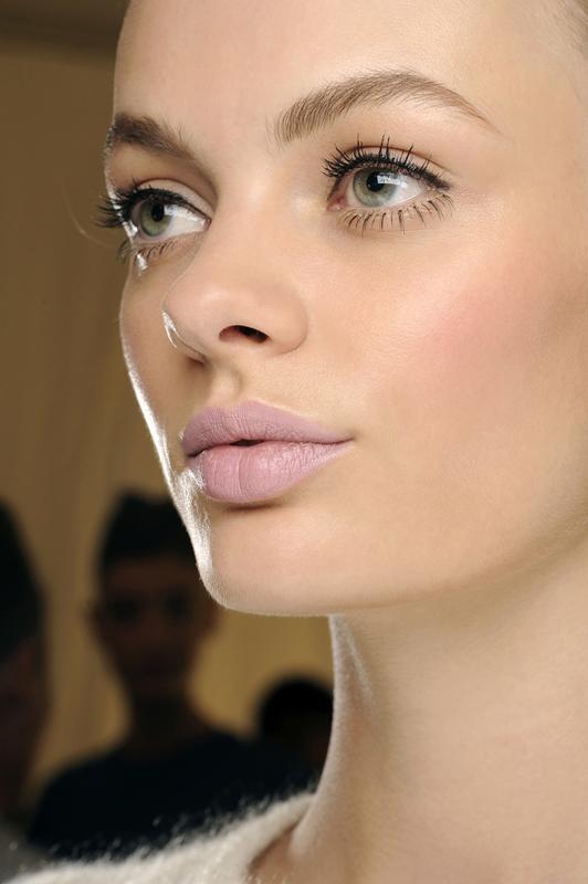 Najmodniejsze kolory ust - trendy 2014