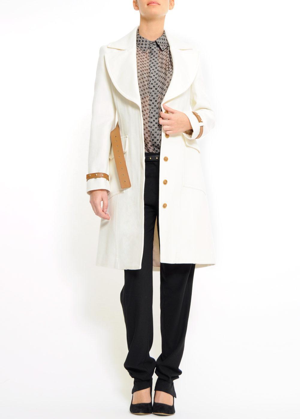 biały płaszcz Mango - moda 2011