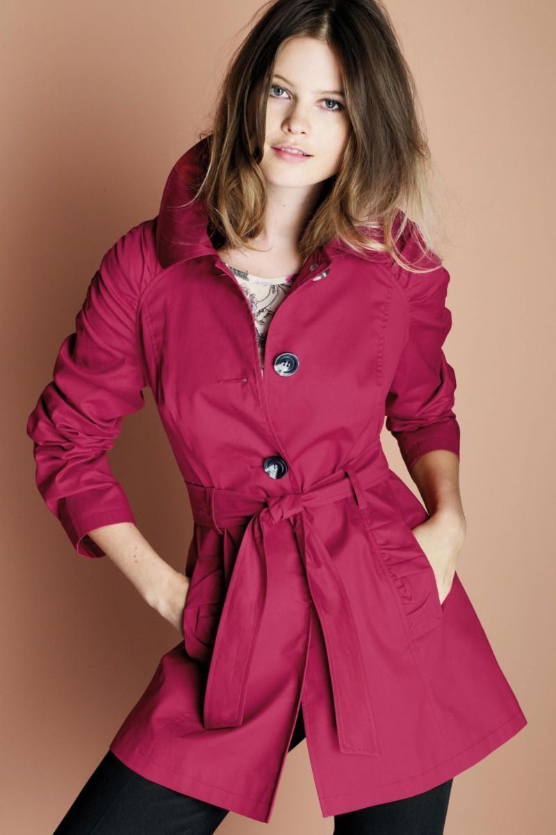 bordowy płaszcz Next - moda 2011