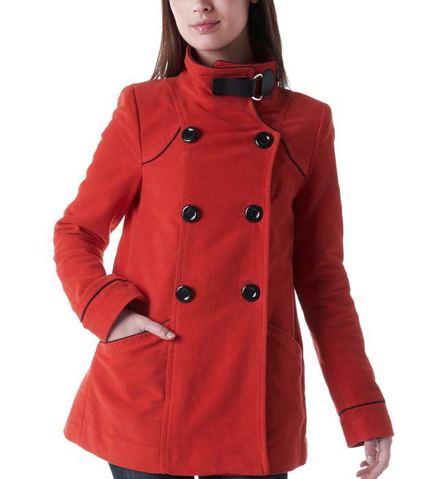 czerwony płaszczyk Promod - moda 2011