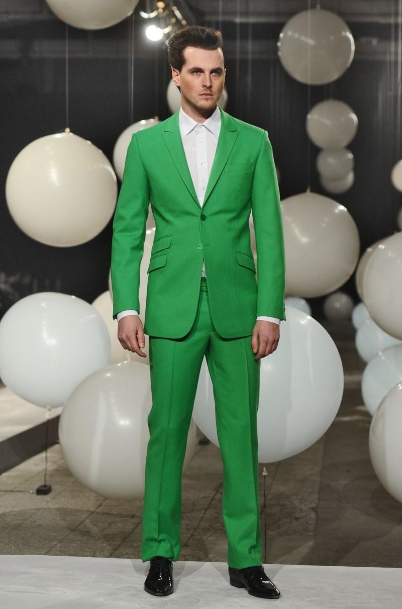 zielony garnitur Mariusz Przybylski