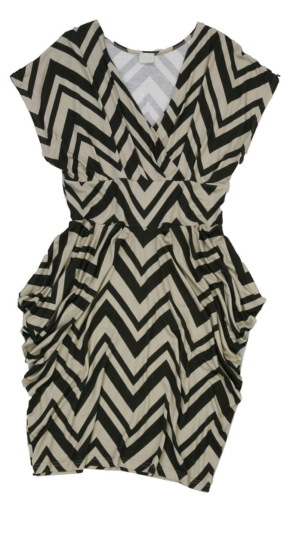 sukienka Bialcon we wzory - moda wiosna/lato