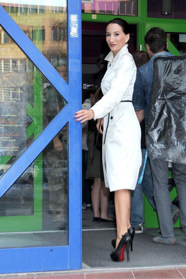 Justyna steczkowska w butach Christian Louboutin, model Daffodile
