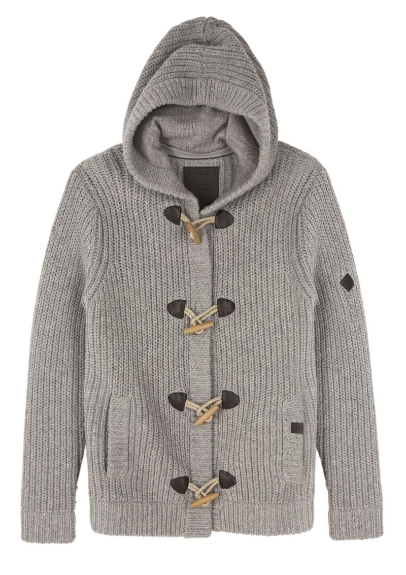szary sweter Next - moda zimowa