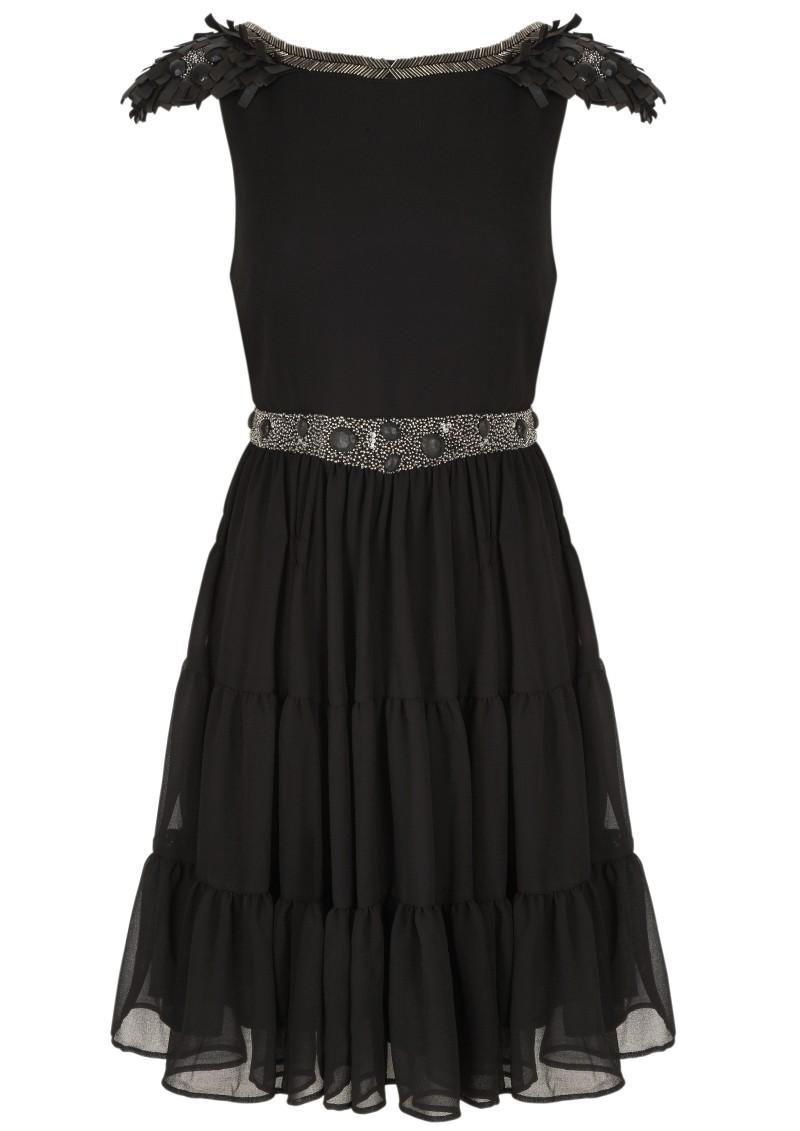 czarna sukienka Next - moda zimowa