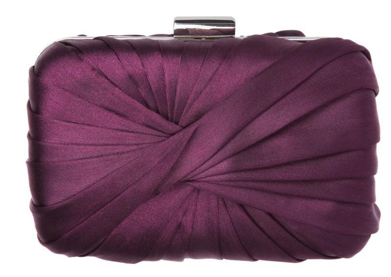 fioletowa kopertówka Next - moda zimowa