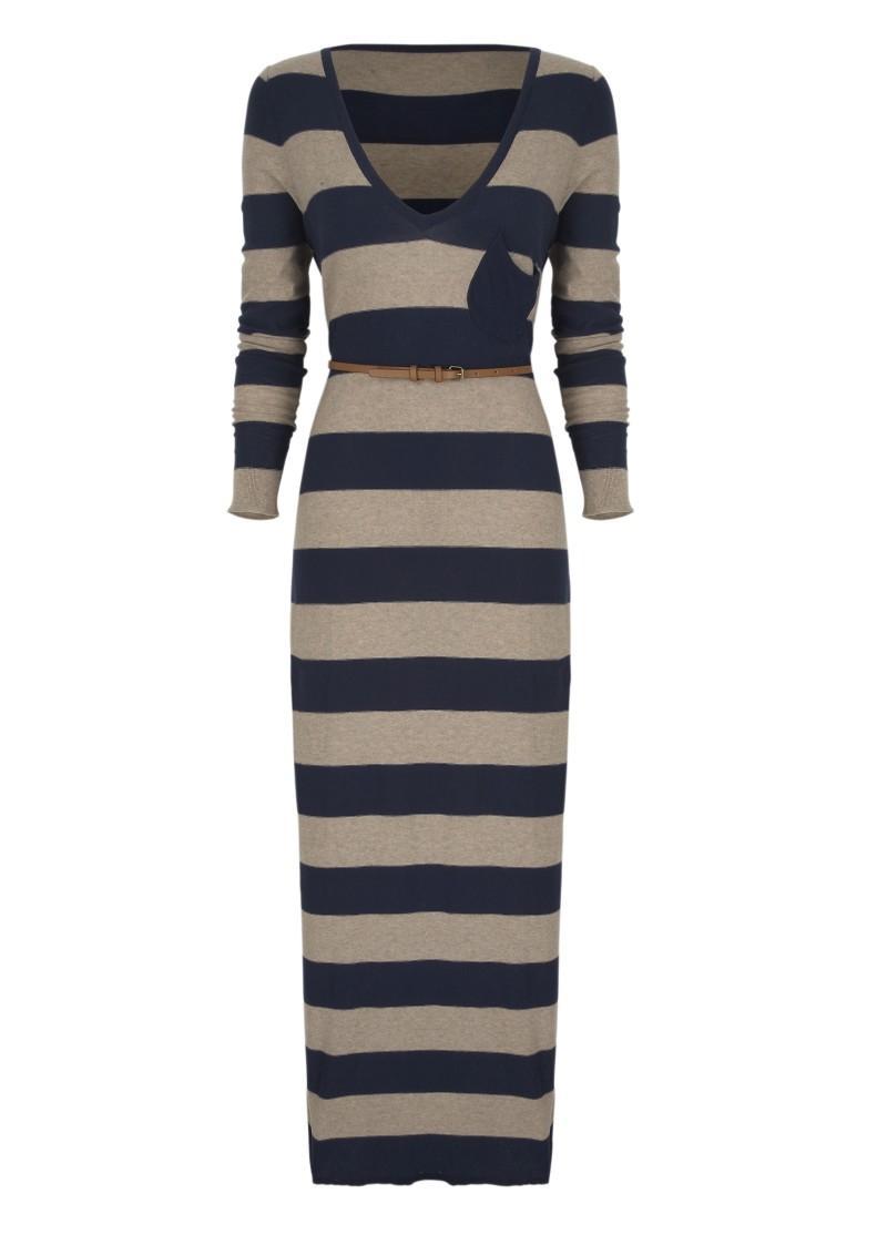 granatowa sukienka Next w pasy - moda zimowa