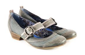 niebieski pantofle Venezia - z kolekcji wiosna-lato 2011