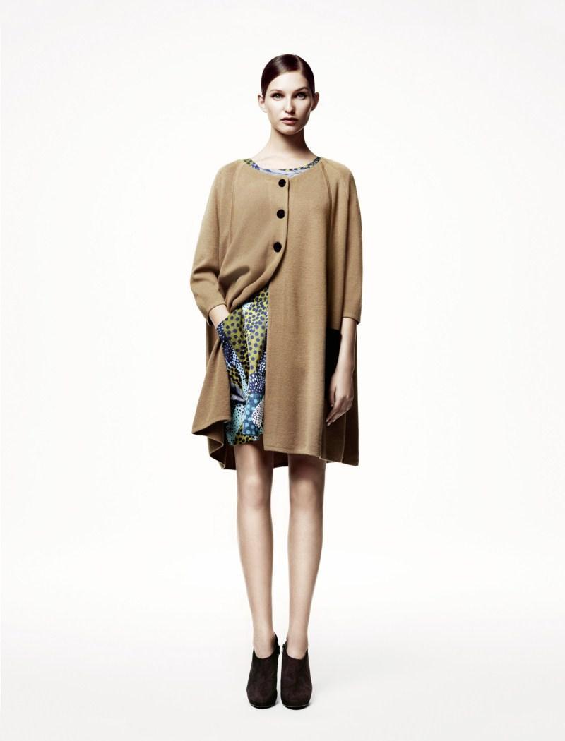 beżowy płaszczyk H&M - wiosna/lato 2011