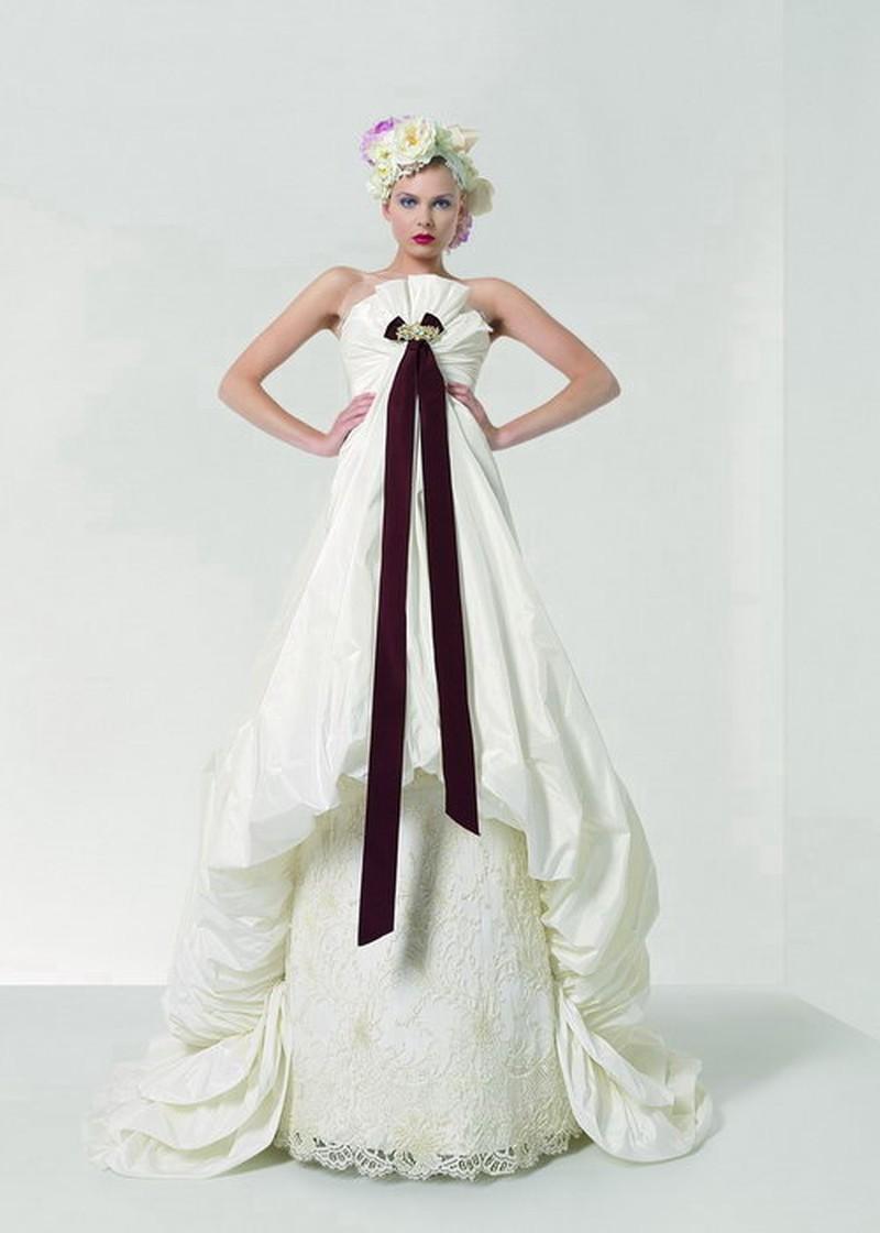Nowa kolekcja sukien ślubnych w salonie Mot a Mot - zdjęcie