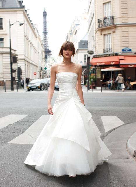 Obejrzyj suknie ślubne Cymbeline 2010