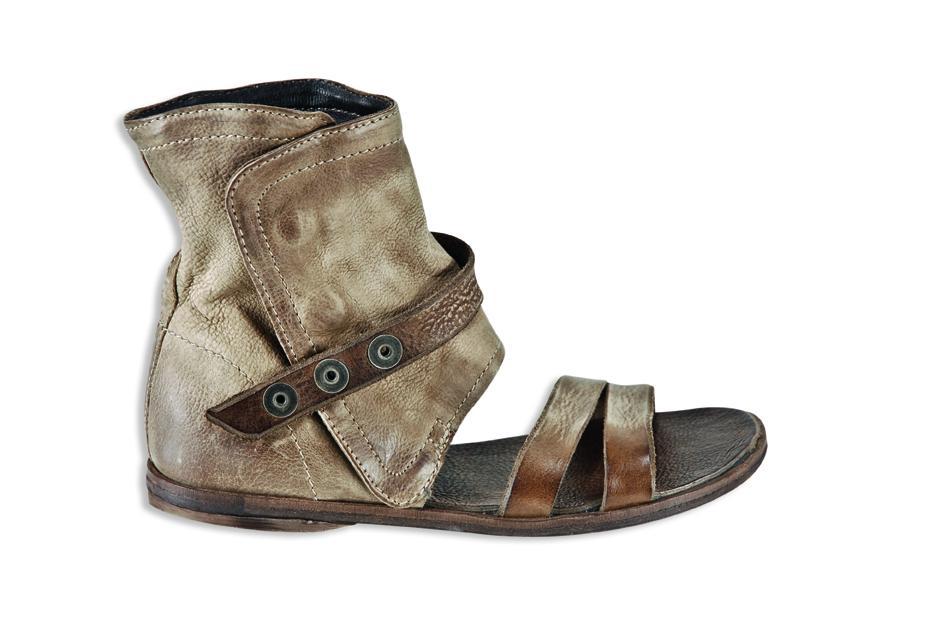 brązowe sandały Venezia - moda 2011