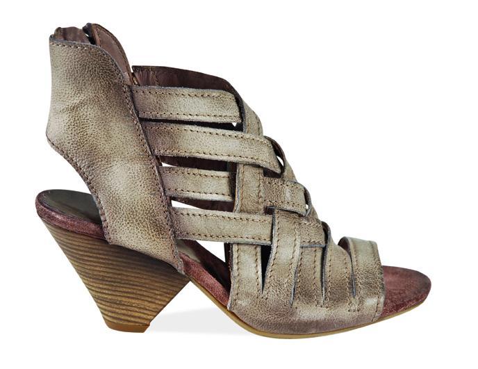 brązowe sandały Venezia - wiosna/lato 2011