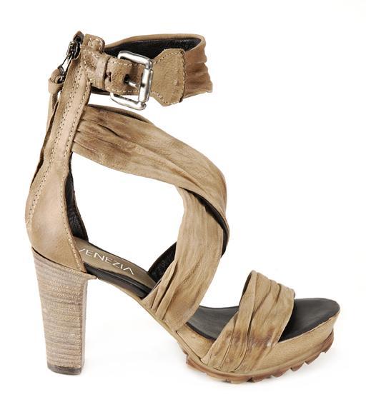beżowe sandały Venezia - kolekcja wiosenno/letnia